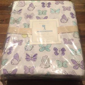 NWT Pottery Barn Kids twin  butterfly 🦋 sheet set